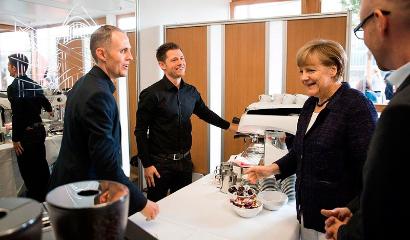 60. Geburtstag der Bundeskanzlerin Angela Merkel (Foto: Tobias Koch)